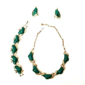 Vintage Coro Green Stone Pearl 3 Piece Jewelry Set